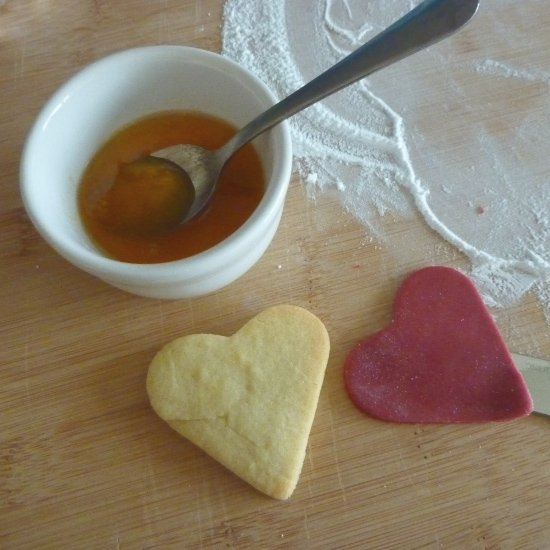 apricot preserve ready to roll fondant icing heart cookie