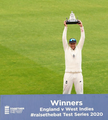 Joe Root with the Trophy, after winning the Eng vs WI Test series 2020