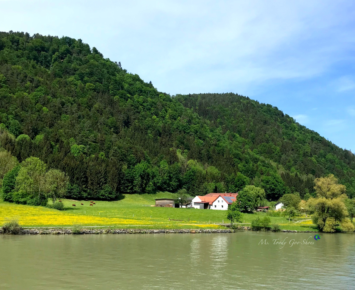 Farmhouse on the Danube River | Ms. Toody Goo Shoes