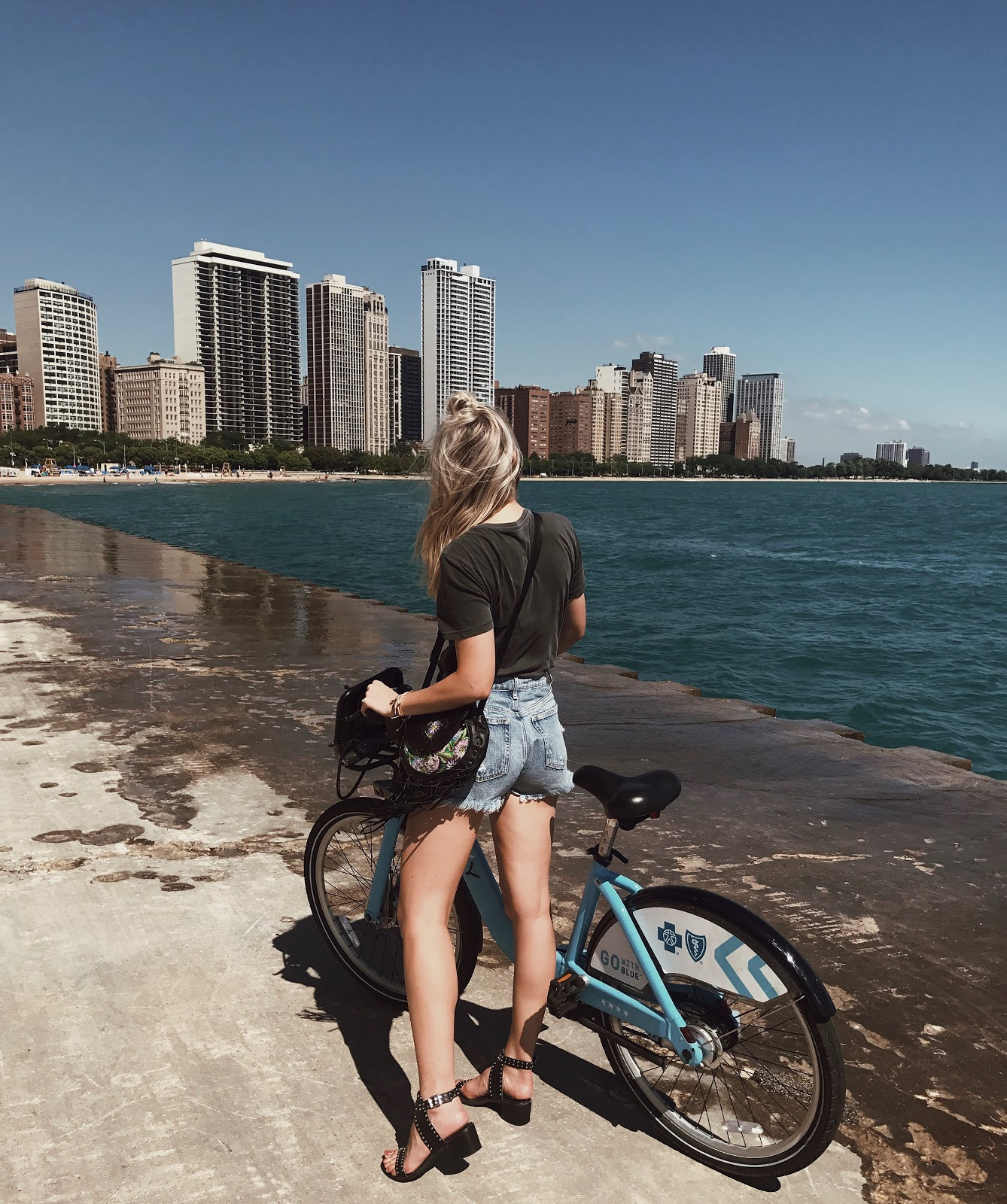 bike ride along the lake shore in Chicago