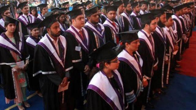 چین کے نانجنگ کے جنوب مشرقی یونیورسٹی سے پاکستانی طلباء کا پہلا بیچ گریجویشن