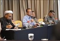 Menteri dari Gerindra Lantik Ngabalin, Netizen: Gak Ada yang Lain?