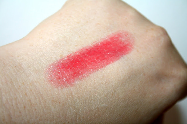 L'Occitane Fruity Lipstick Swatch