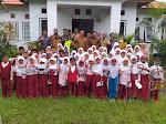 Lagi, Pemdes Sangiang Berikan Beasiswa Berprestasi Kepada 127 Siswa Tidak Mampu