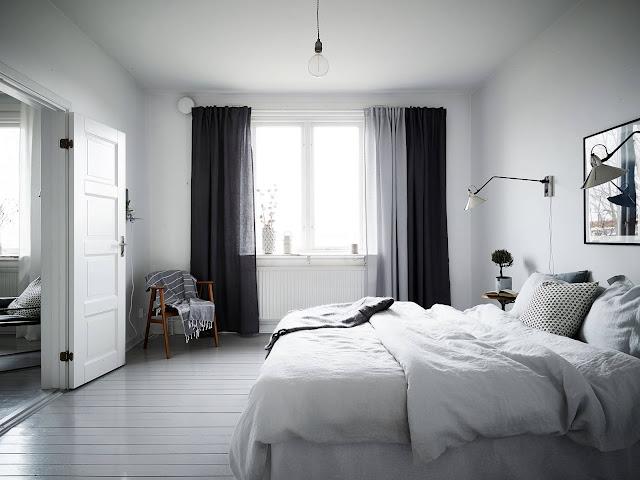 skandynawska sypialnia, szare zasłony