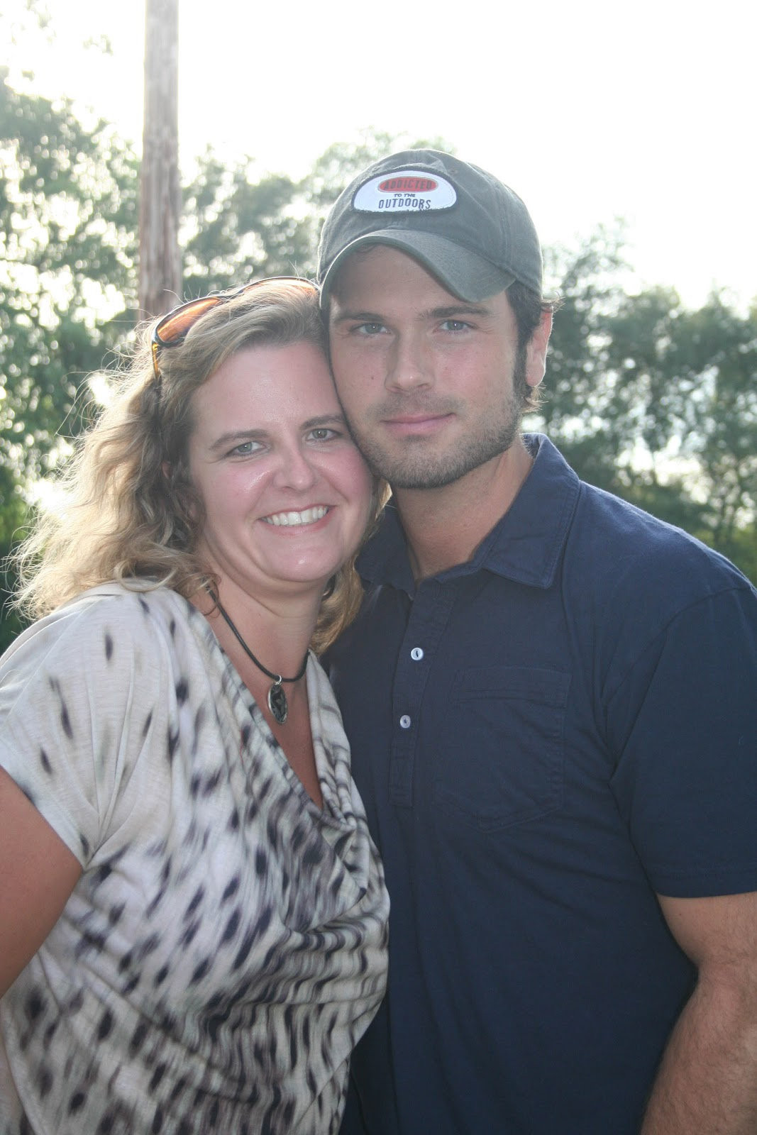 That nashville sound golf guitars childrens charity concert i wandered back stage and was pleasantly surprised to see that chuck wicks had stopped by he wasnt originally expected tonight and it just shows how great kristyandbryce Gallery