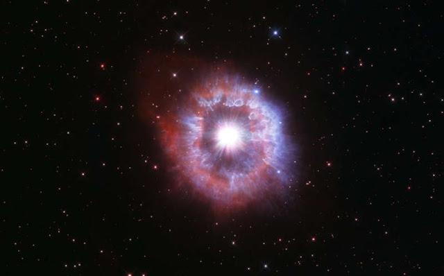 Imagen de una estrella gigante en el universo