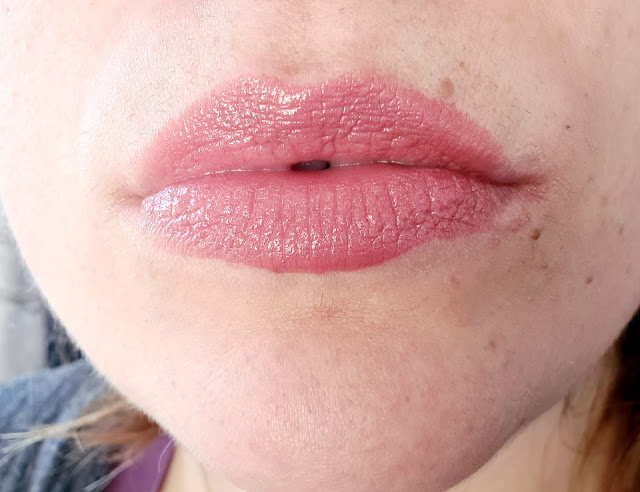 Beauty Pie Futurelipstick Luxe Shine Master Sweet review Charlotte Tilbury dupe