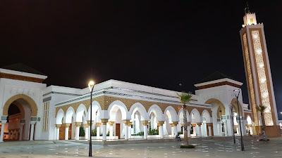 moschea illuminata