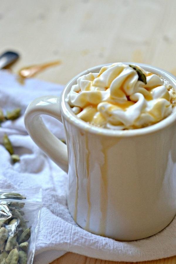 Cardamom Caramel Latte