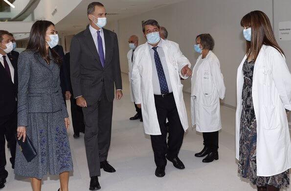 Queen Letizia's outfit is by Spanish fashion house Felipe Varela. Queen Letizia wore a jacket and skirt by Spanish fashion house Felipe Varela