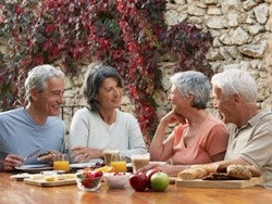 Dinh dưỡng và sức khỏe người cao tuổi