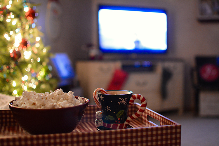 Best Christmas Movies, popcorn, hot cocoa | My Darling Days