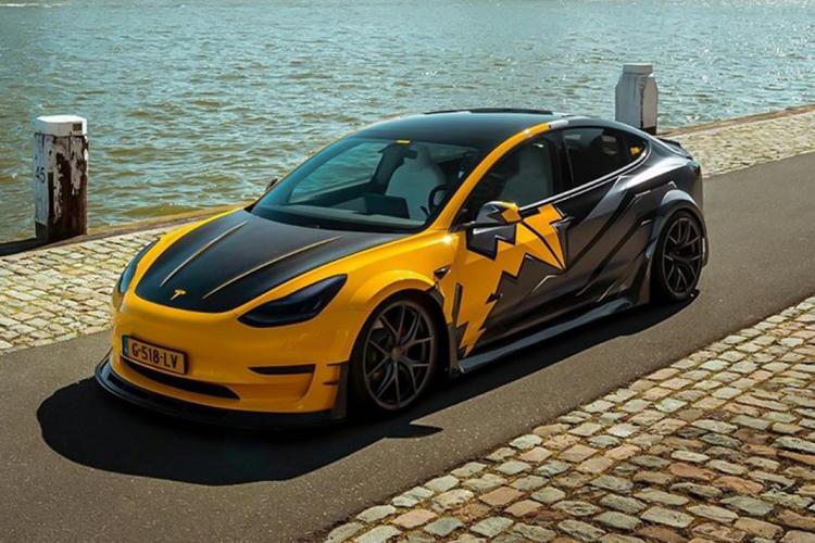 Tesla Model 3 độ RevoZport siêu hầm hố của dân chơi Hà Lan