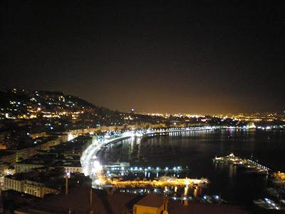 Un sardo in giro Napoli notturna