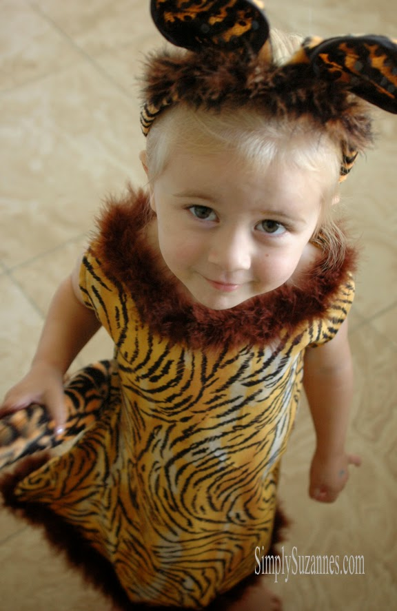 a tiger costume for my little girl  sc 1 st  Simply Suzanneu0027s AT HOME & Simply Suzanneu0027s AT HOME: a tiger costume for my little girl