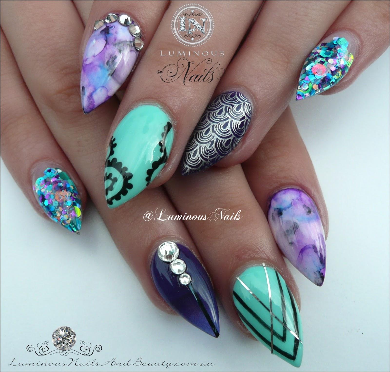 Mermaid Nail Art Acrylic Nails: Luminous Nails: Atlantic Mermaid Inspired Acrylic Nails