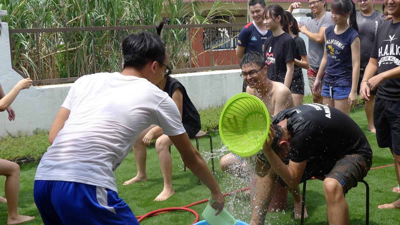Sunway cpa australia student charter scsc team building - Team building swimming pool games ...