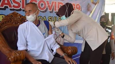 Jelang Hari Bhayangkara Ke-75, Polres Bone Gelar Vaksinasi Covid-19 Secara Gratis