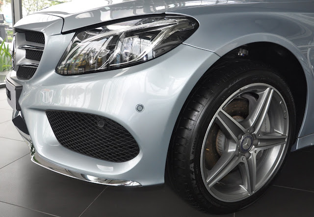 Mâm xe Mercedes C300 AMG thiết kế thể thao AMG 18-Inch