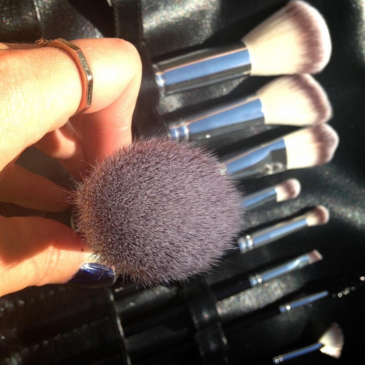 Natural Hair Flat Top Pressed Mineral Powder Foundation Brush