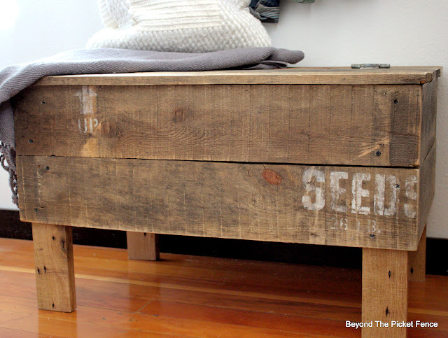 Reclaimed Pallet wood Seed Crate Bench