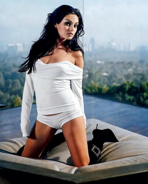 20 hot wallpapers of Mila Kunis