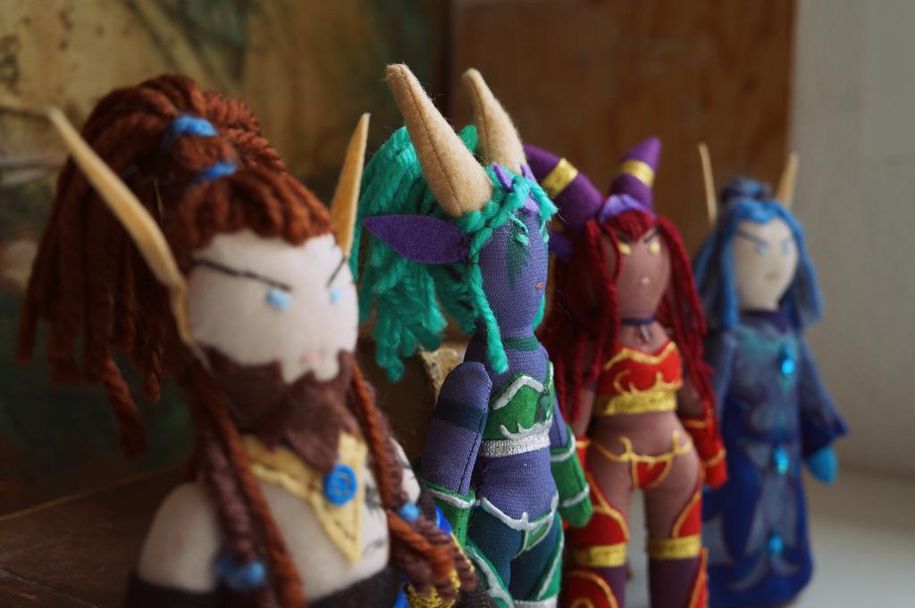 Lelleco Blog: muñecos de Nozdormu, Ysera, Alextrasza y Malygos.
