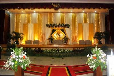 Dekorasi Pernikahan, Tips Menetukan Dekorasi Pernikahan, Memilih Jasa Dekor