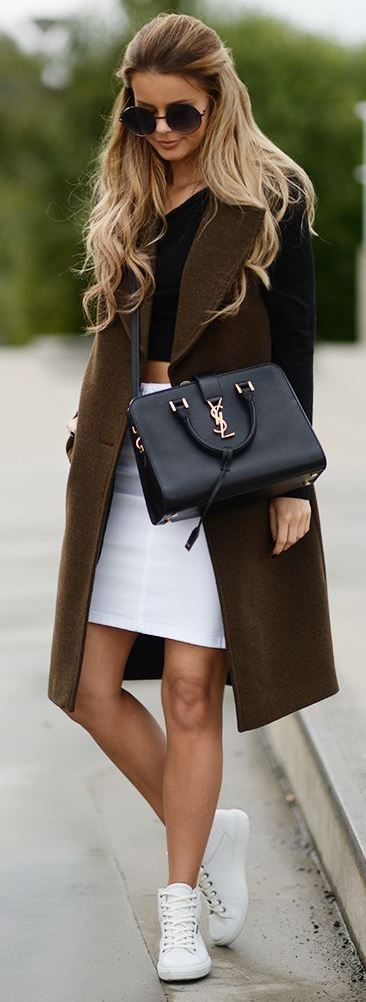 beautiful fall outfit idea / coat + black top + white skirt + bag + sneakers