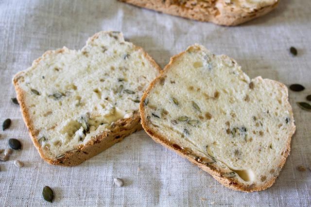 Pan de pipas con panificadora (sin gluten ni lactosa)