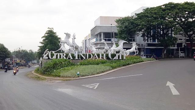 Icon Patung Kuda Putih, Jalan Masuk Perumahan Citra Indah City