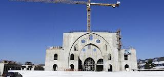 ورشة بناء مسجد أيوب سلطان في حي مينو في ستراسبورغ، 24 آذار 2021