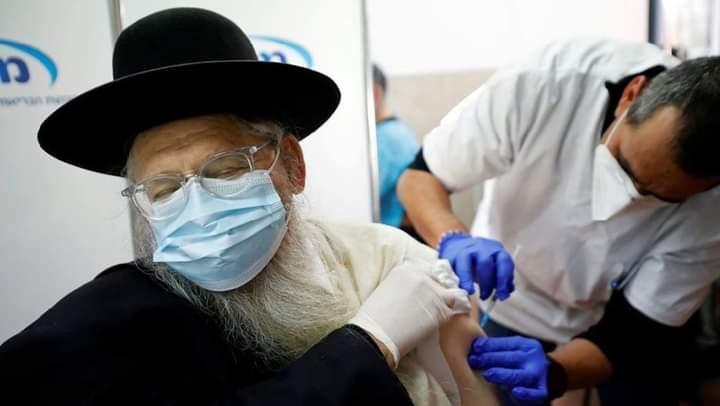 """ظهور نتائج أول حملة تطعيم بجرعتي """"فايزر"""" في العالم"""