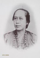 Pahlawan Emansipasi Wanita Pertama Indonesia R.A. Lasminingrat