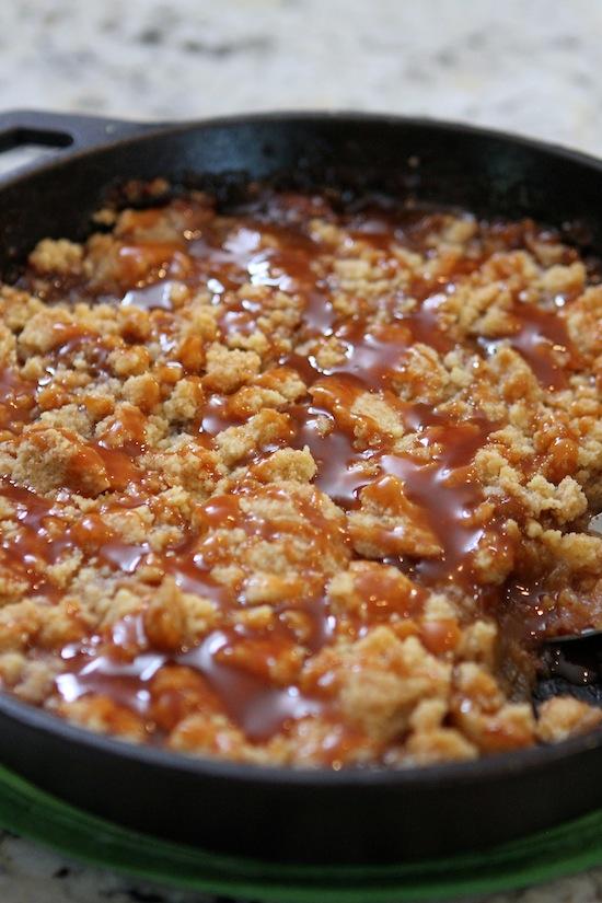 salted caramel apple crumble