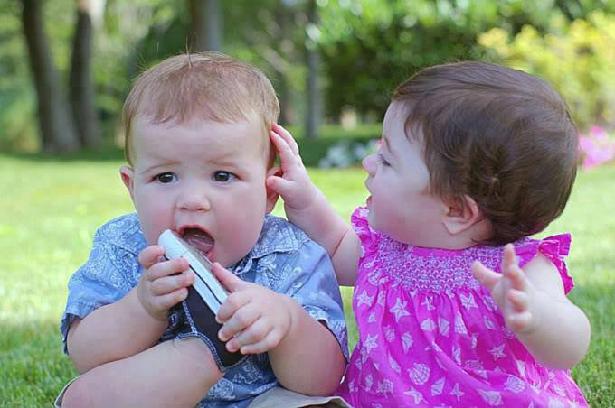 Cute And Lovely Baby Pictures Free Download: Lovely Little Babies Pictures HD To Download Free