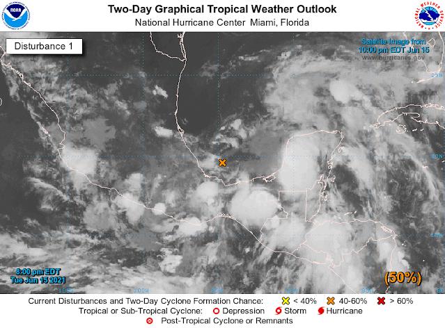 Baja presión prolongará lluvias en Yucatán hasta el viernes