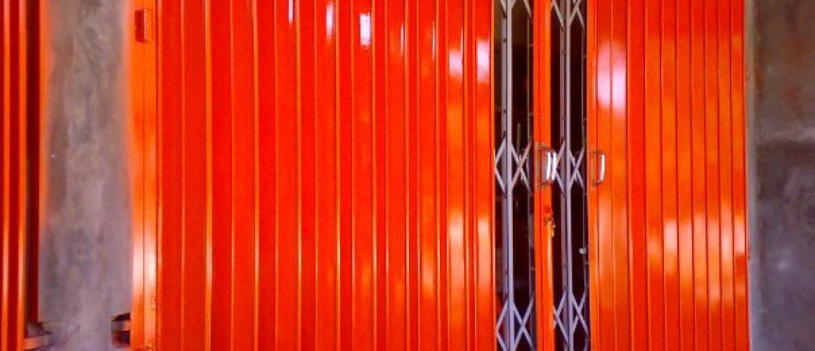 spesialis fabrikasi pintu harmonika Cikarang