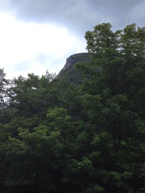 old man of the mountain collapsed