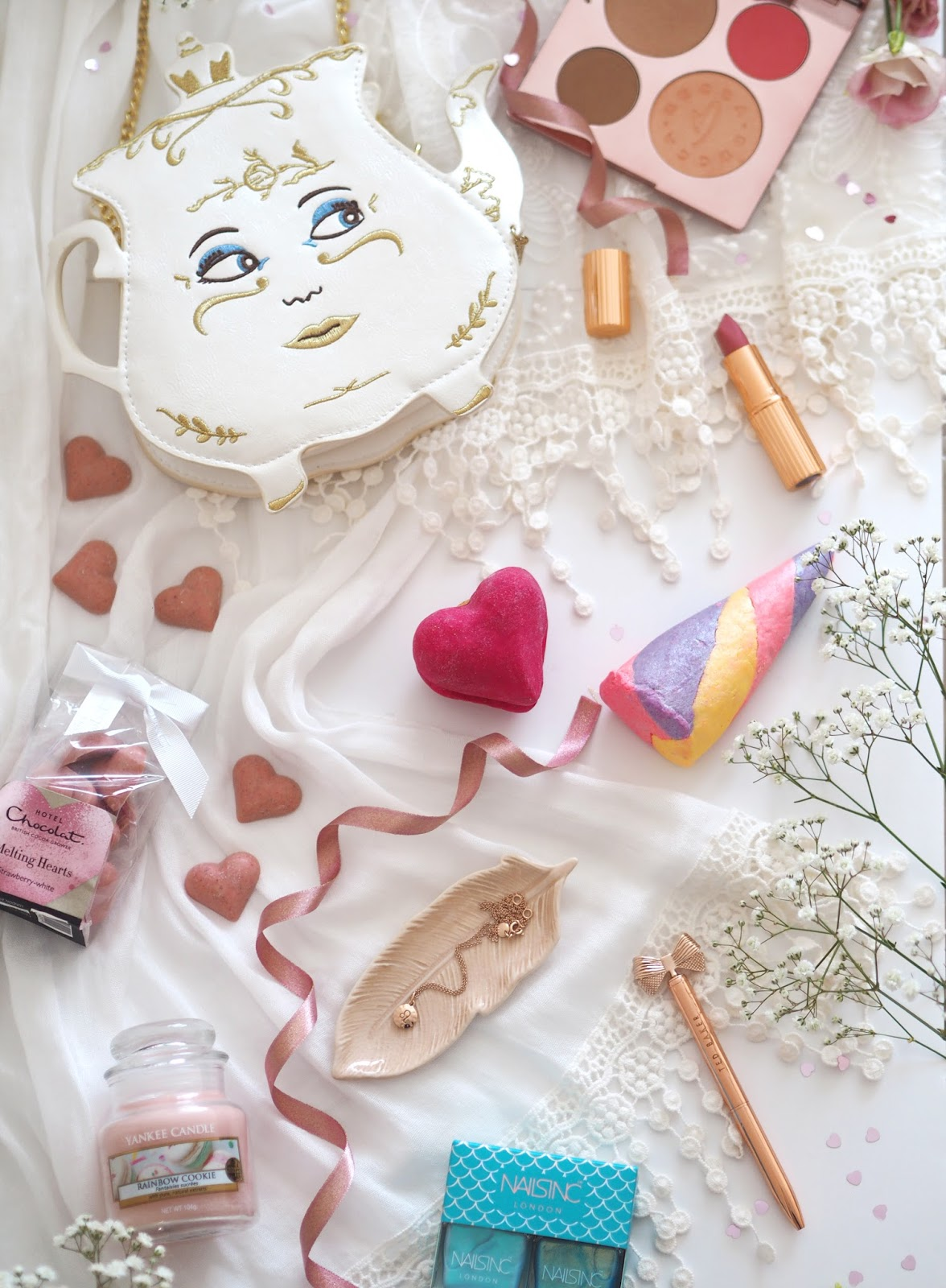 Galentine's Day Treats: Gifts For Her, Katie Kirk Loves, UK Blogger, Beauty Blogger, Girls Day, Galentines Day, Female Empowerment, Girlfriends, Female Friendships, Women Empowerment, Year of the Woman, Girlie Treats, Girlie Gifts, Valentines Gift for Her, Valentines Day Gift Guide, Beauty Gifts, Rose Gold Gifts