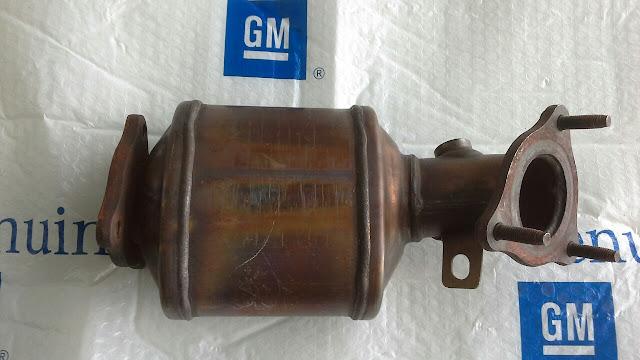 Bầu lọc khí xả xe Captiva C140 chính hãng GM