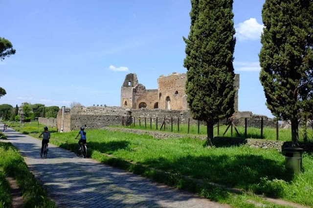 FIVE DAYS IN ROME, Part 2: Guest Post by Paige Arnold