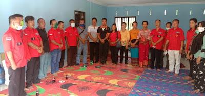 Bantu Penderita Penyakit Kanker,  PAC Sirandorung Bersama DPC PBB Tapteng Serahkan Bansos kepada Melva Br.Sihombing