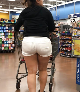 Señora piernas sexys shorts apretados