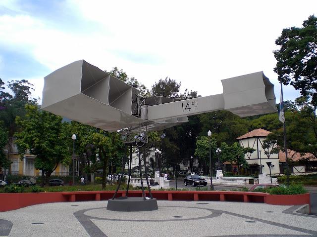 Praça 14 Bis