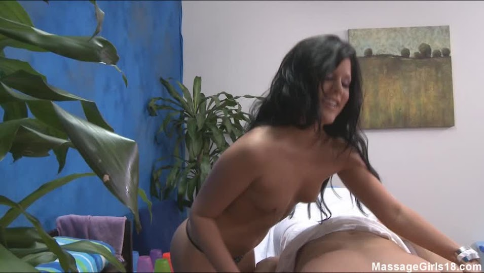 massagegirls18 mg-madison-p-hj - Girlsdelta