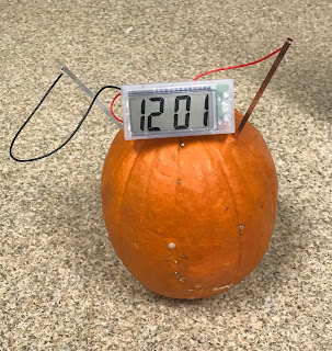 Pumpkin science activities, pumpkin battery