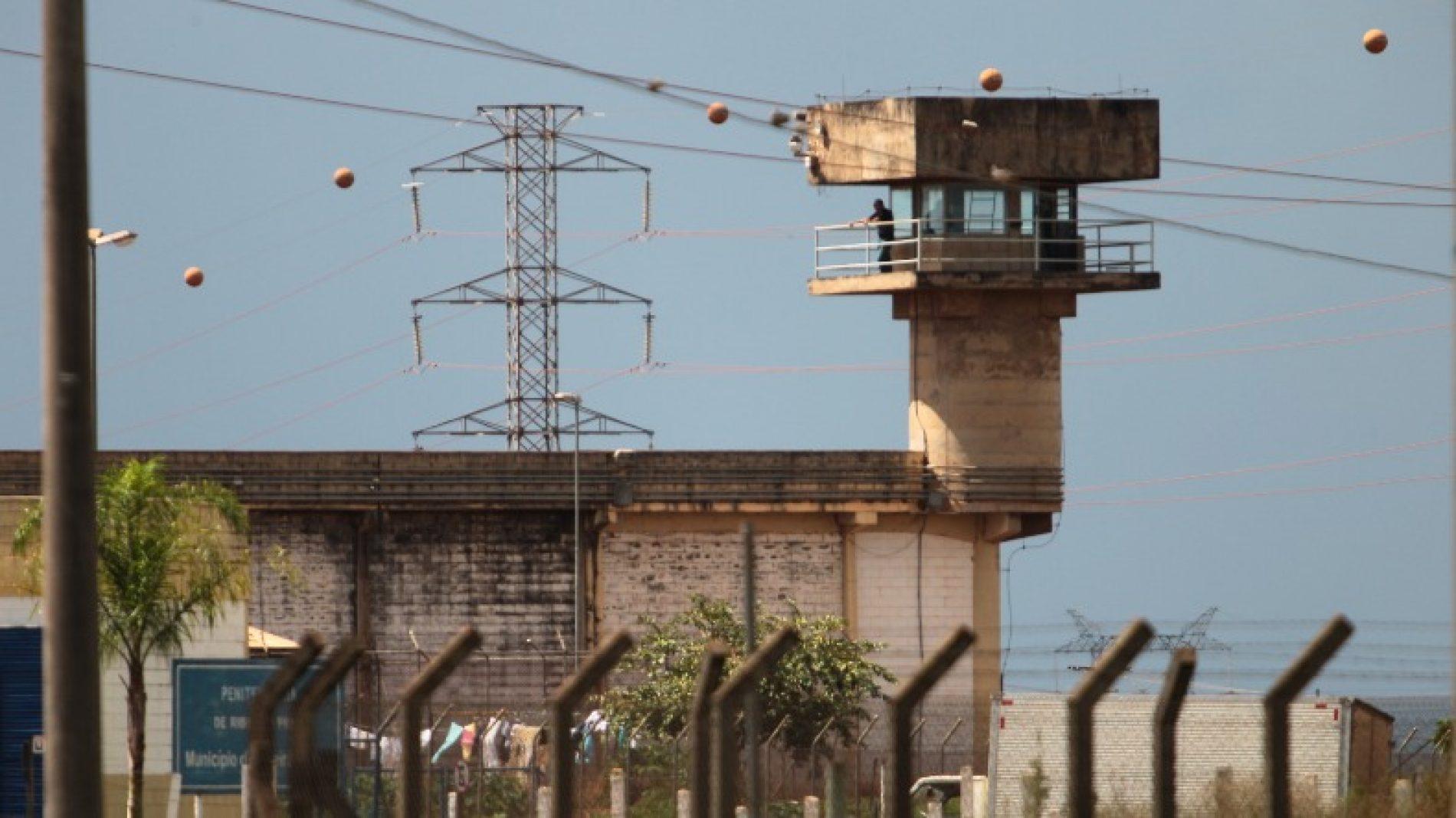 Saidinha de presos no fim de ano começa nesta terça (22)