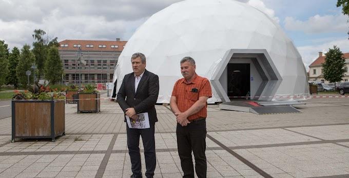 Szenvedő szerkezet: vándorkiállítást nyít Hajdúböszörményben a Nemzeti Múzeum